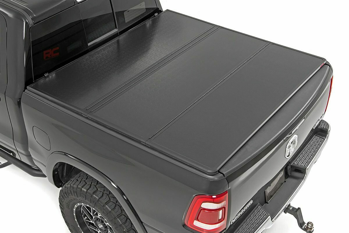"Dodge Hard Tri-Fold Bed Cover (09-18 Ram 1500 / 09-20 Ram 2500/3500 - 6' 6"" Bed)"