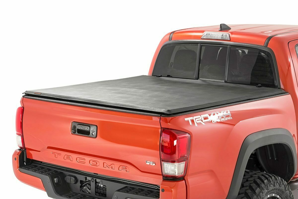 Toyota Soft Tri-Fold Bed Cover (16-20 Tacoma - 5' Bed w/Cargo Mgmt)