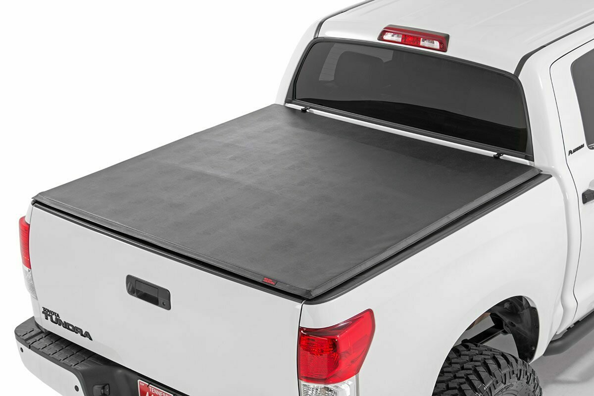 """Toyota Soft Tri-Fold Bed Cover (07-13 Tundra - 6' 5"""" Bed w/Cargo Mgmt)"""