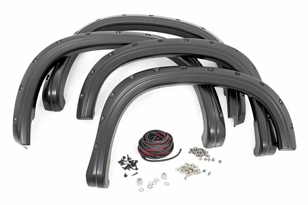 """Chevrolet Pocket Fender Flares   Rivets   Black (15-19 Colorado 6' 2"""" Bed)"""