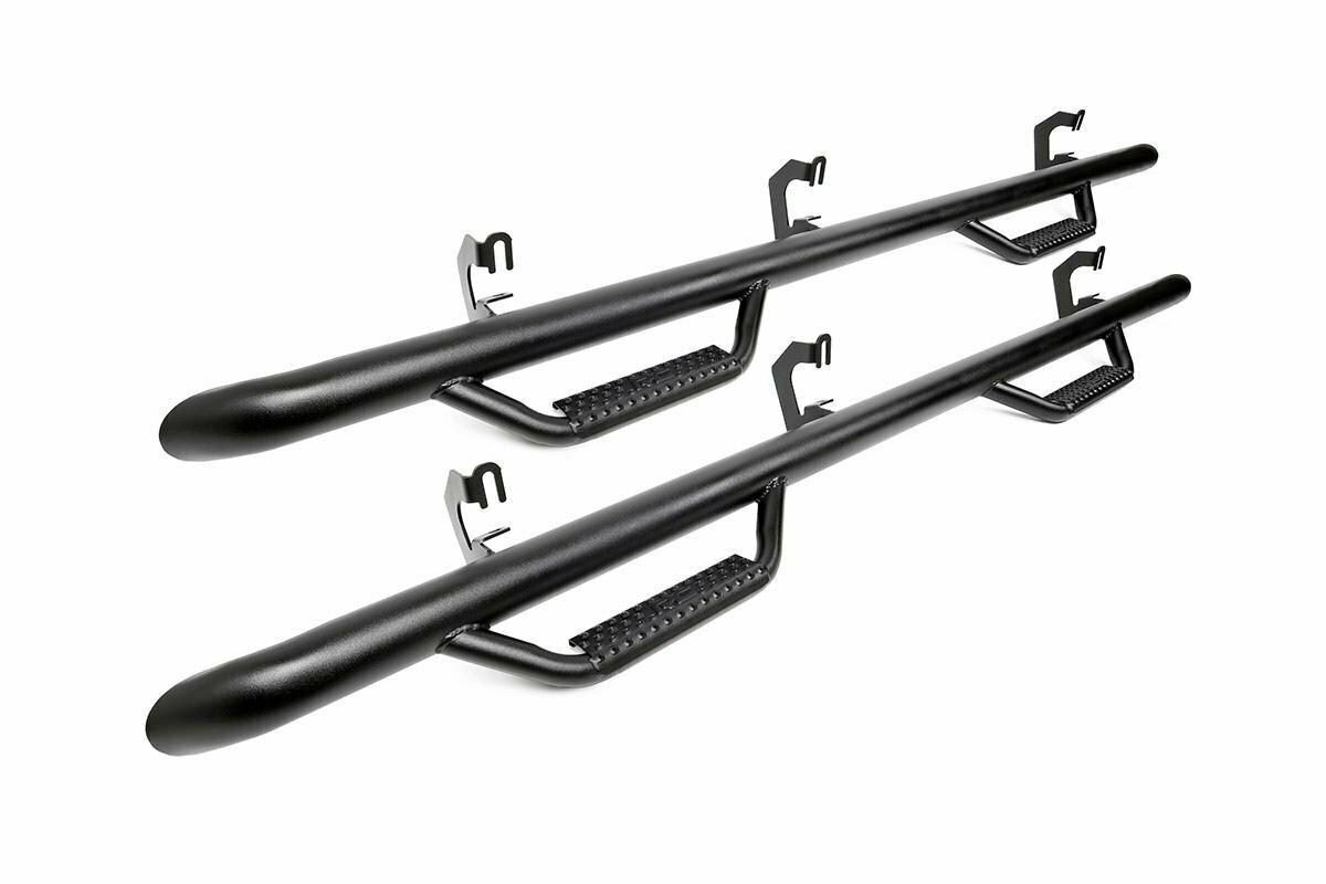 GM Wheel to Wheel Nerf Steps (15-20 Chevy Suburban | Gas/Diesel)