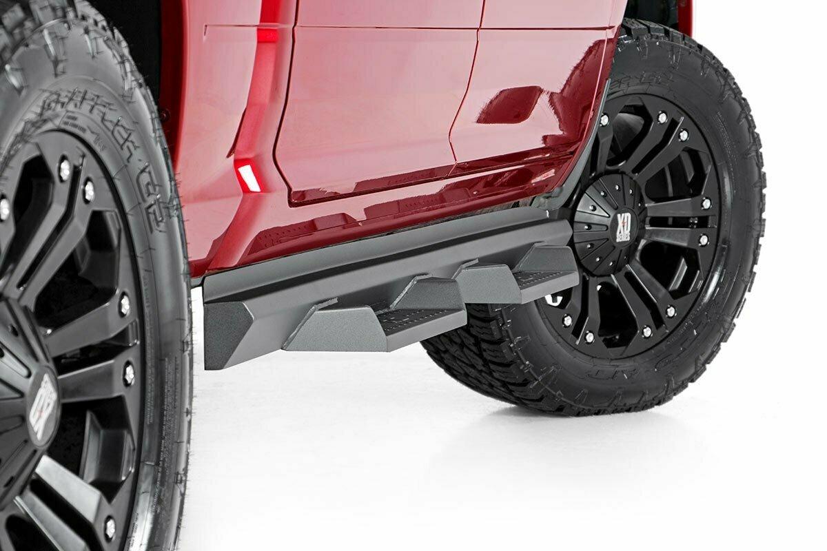 Dodge DS2 Drop Steps (09-19 Ram 1500 / 2500 / 3500 | Crew Cab)