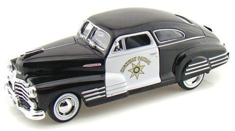 1.24 Scale Aerostream Police Cruiser