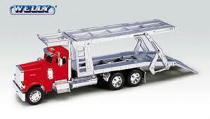 1.32 Scale Kenworth W900 Car Transporter