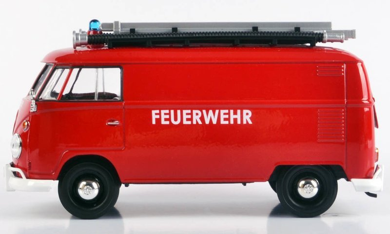 1.24 scale VW type 2 Delivery Fire Van With Ladder and Nozzle