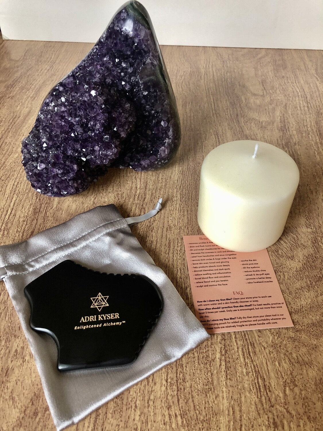 Contouring and Sculpting Bian Stone. Anti-Aging 7 Edge Gua Sha Stone For Face & Body.
