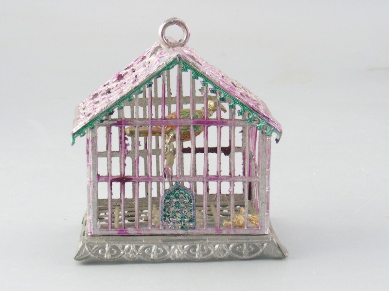 Soft Metal Birdcage