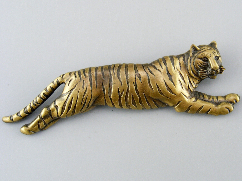 J J Jonette Leaping Tiger Pin