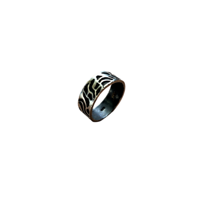 1042 Wide Band Topo Ring