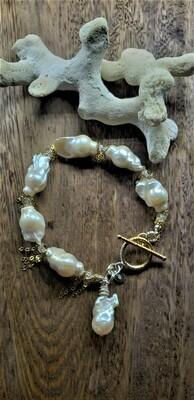Creeping Vine Pearl Charm Bracelet