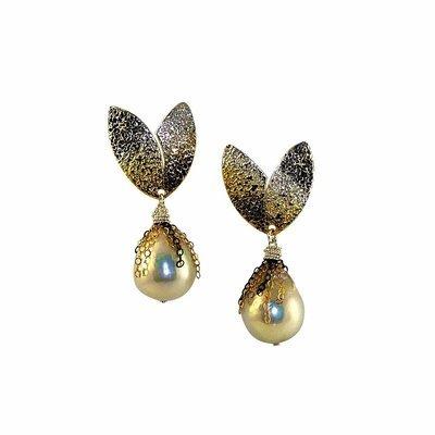 Evergreen Ombre Pearl Earrings