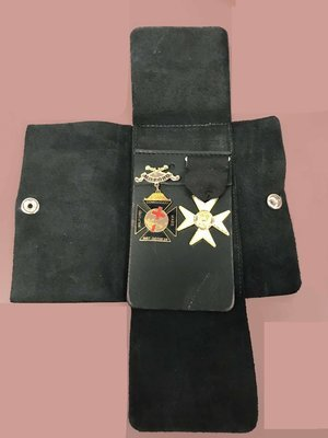 Black Leather Jewel Case w/double jewel pocket insert (Jewels shown are not included)