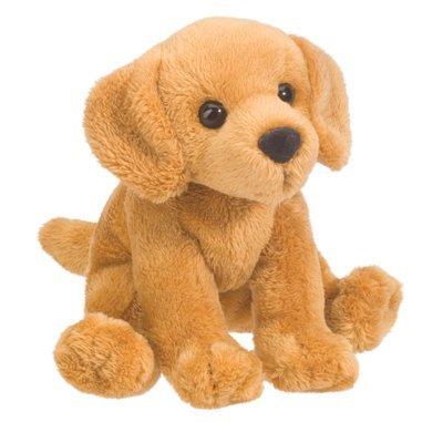Plush Pup Sitting: Golden Retriever