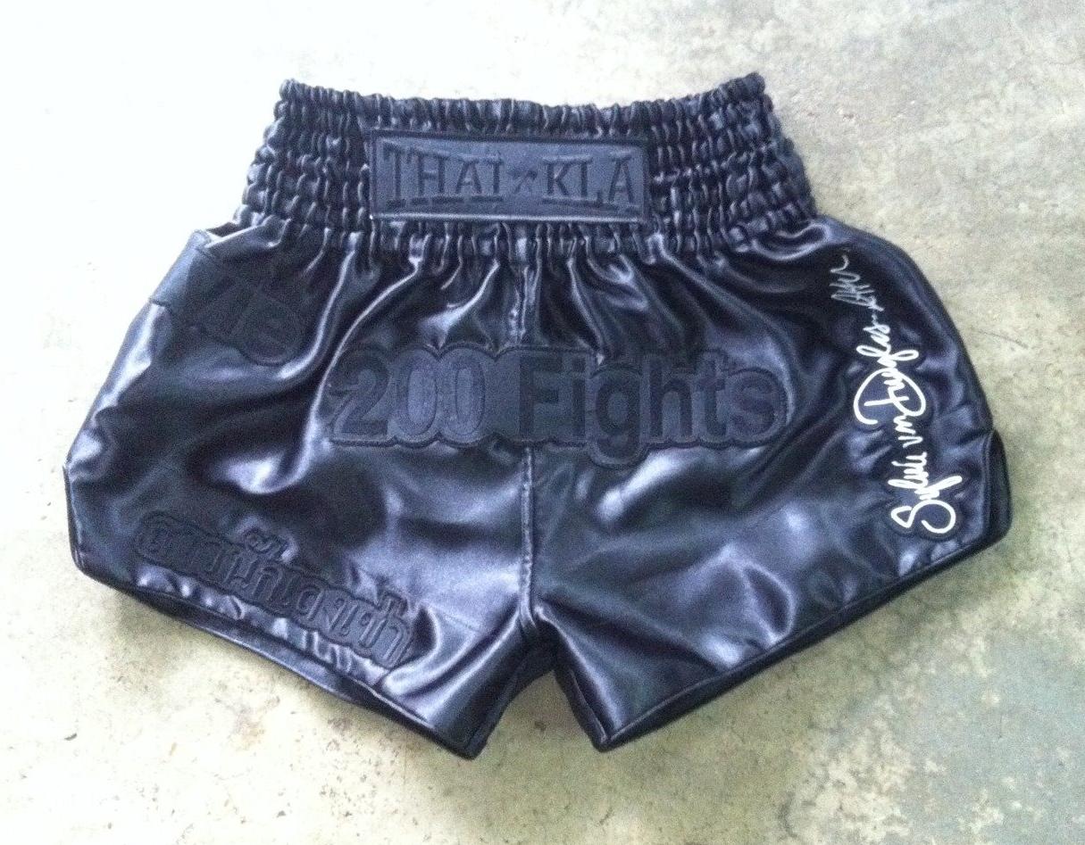 Sylvie Signature 200 Fights Shorts (satin) | Black on Black