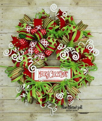 Merry Christmas Wreath for Front Door, Deco Mesh Christmas Door Wreath, Whimsical Christmas Wreath, Lime Green and Red Wreath, Xmas Wreath