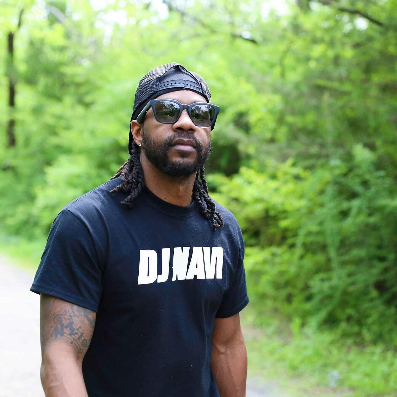 Classic DJ Navi T-shirt Black