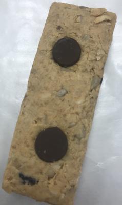 Peanut butter Blueberry and Dark chocolate protein bar