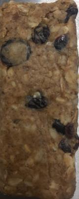 Almond butter cranberry granola bar