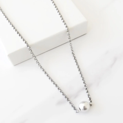 Orli Short Necklace with Ball Connector - Silver