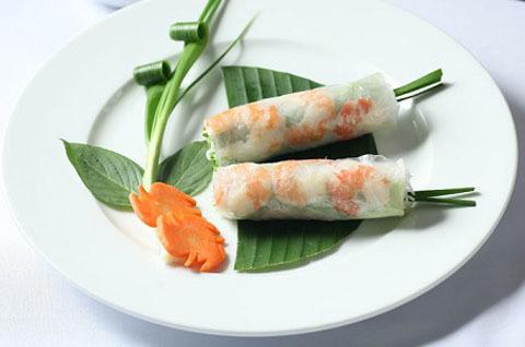 30. Shrimp Spring Rolls (2 Rolls) - Goi Cuon Tom