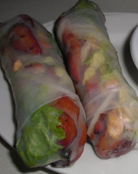 32.  Grilled Chicken Spring Rolls (2 Rolls) - Goi Cuon Ga Nuong