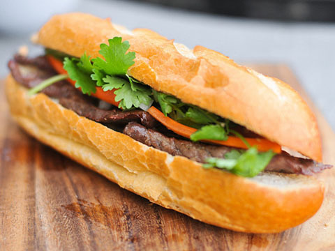 07. Grilled Beef Sandwich LARGE (Banh Mi Bo Nuong)
