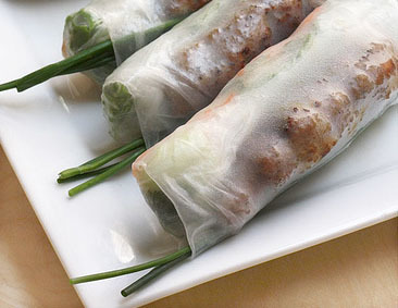 33.  Grilled Pork Spring Rolls (2 Rolls) - Goi Cuon Thit Nuong