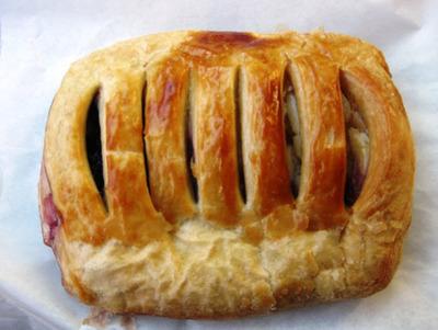 170. Croissant - Blueberry