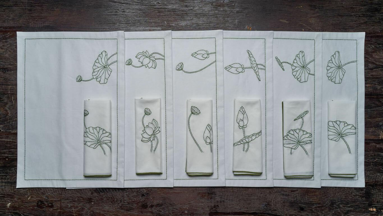 """Napkin """"Blooming Lotus"""""""