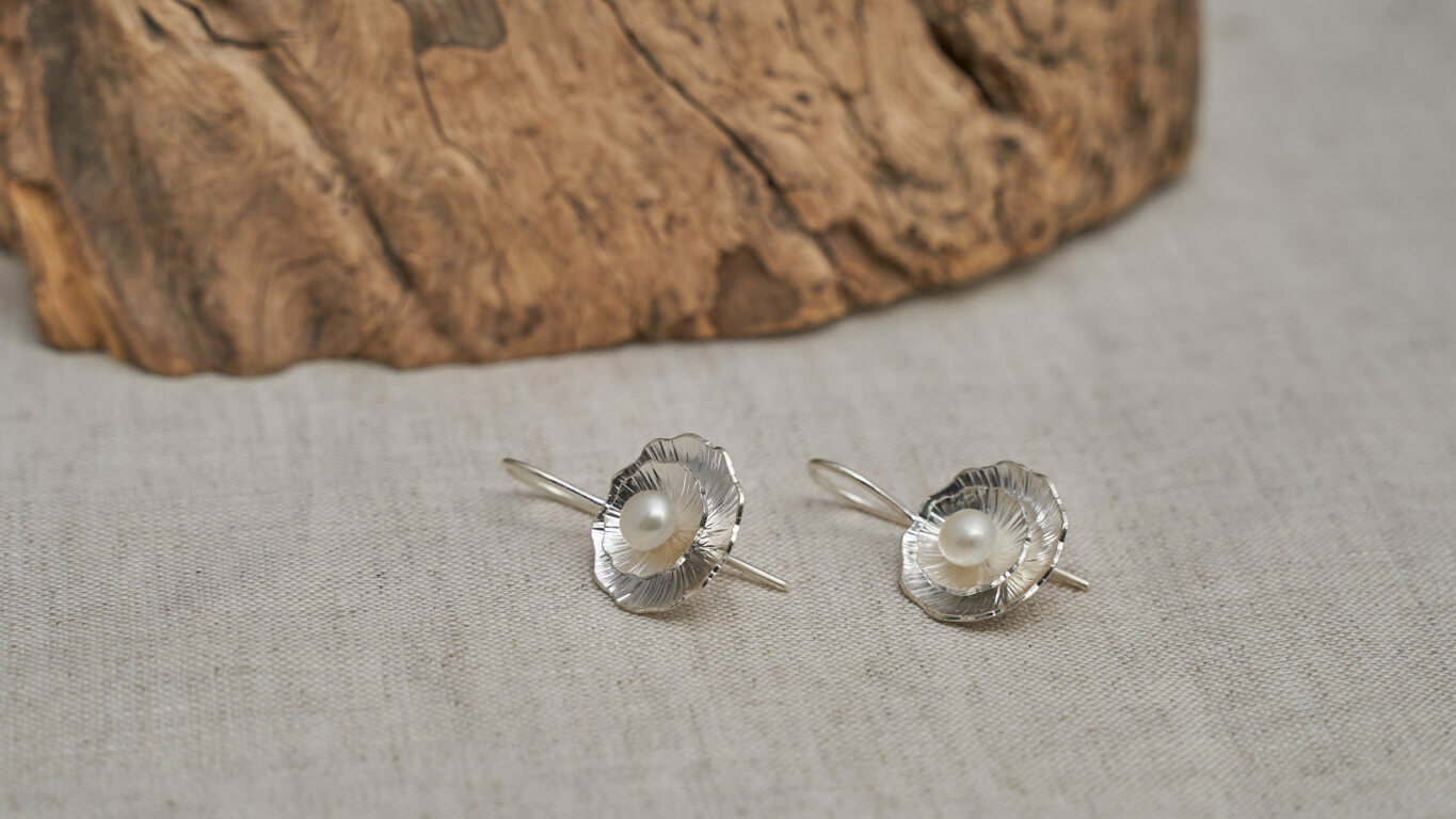 "Earrings ""Pearl Drop Lotus"" TN11TS"