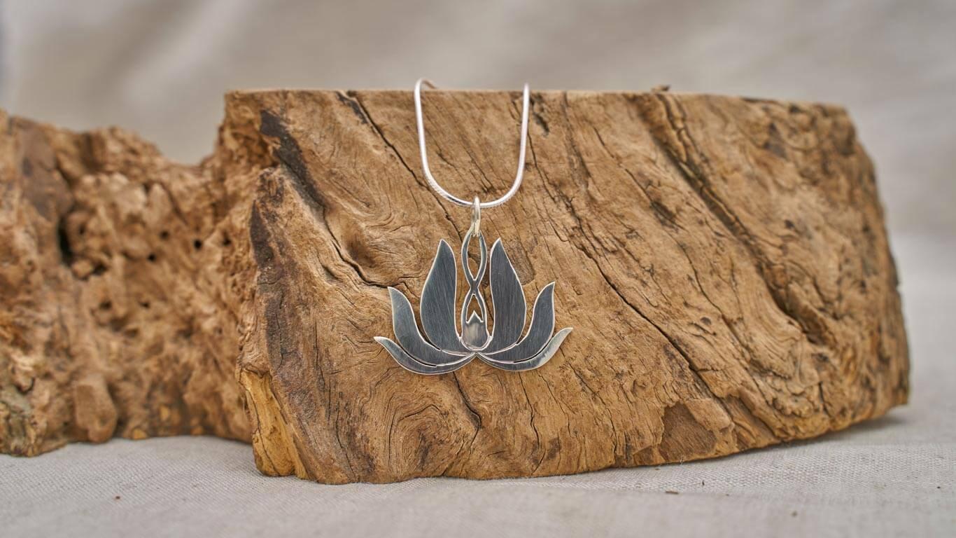 "Pendant ""Lotus Flower Spirit"" RO3TS"
