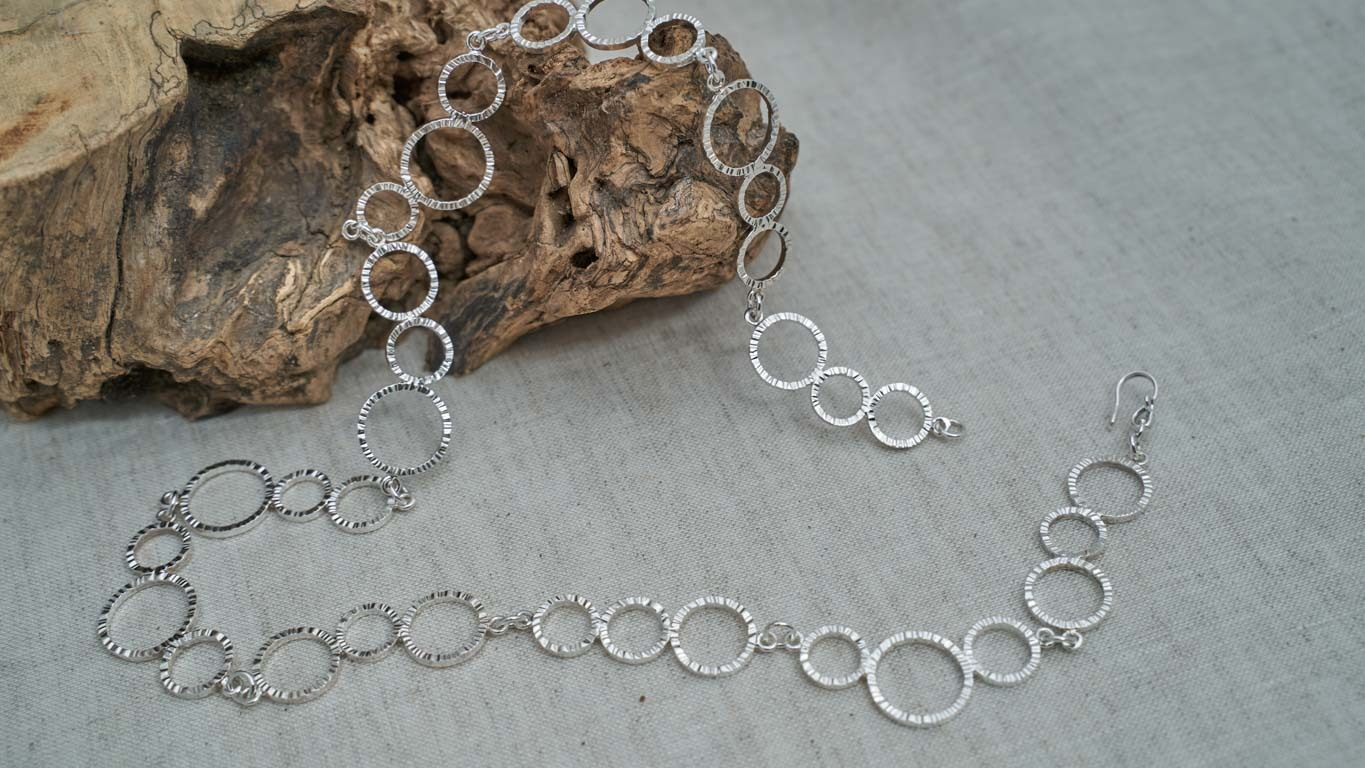 """Necklace """"Triple Ring Chain"""""""