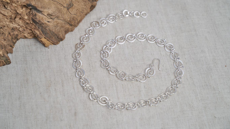 "Necklace ""Dancing Spirals"""