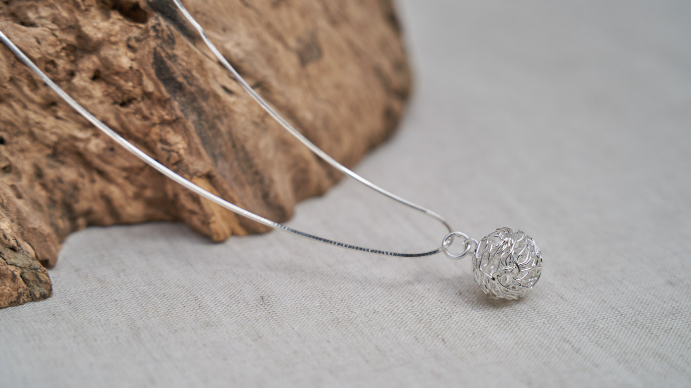 """""""Wired Spheres"""" Pendant RO17TS"""