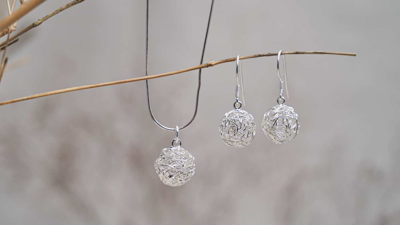 """""""Wired Spheres"""" Pendant"""