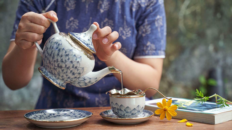 """Ceramic teapot """"Lotus petal"""""""