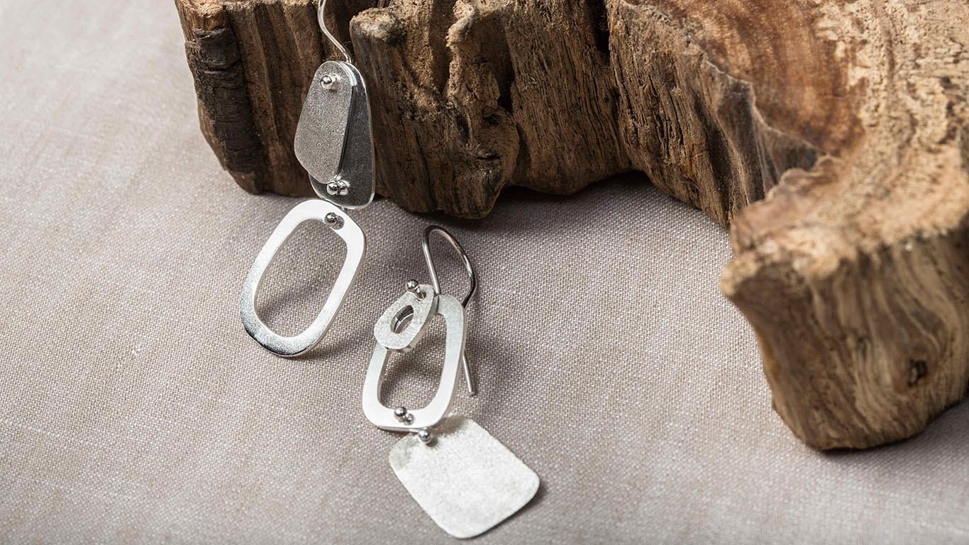 Silver oval shapes Earrings 2