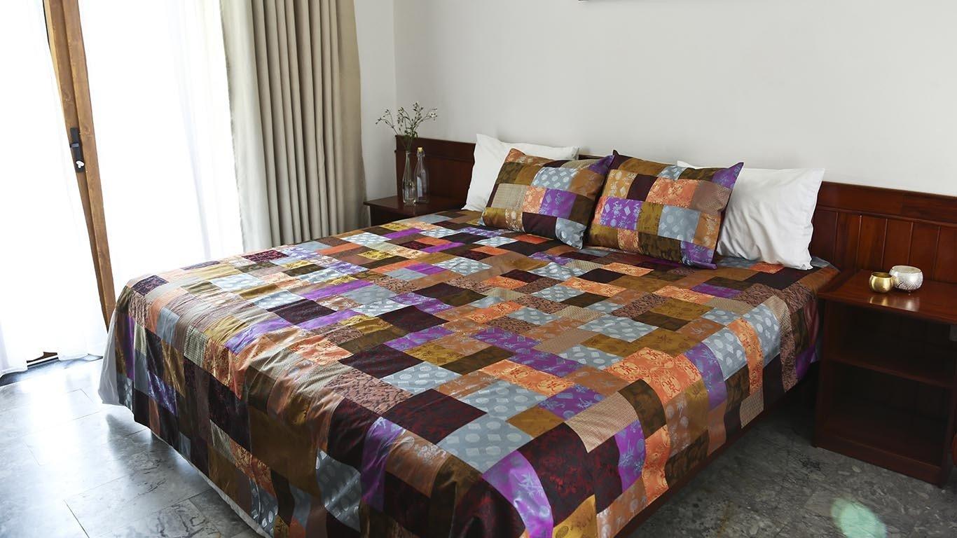 "Bedspread ""Patchwork"" CH114TT"