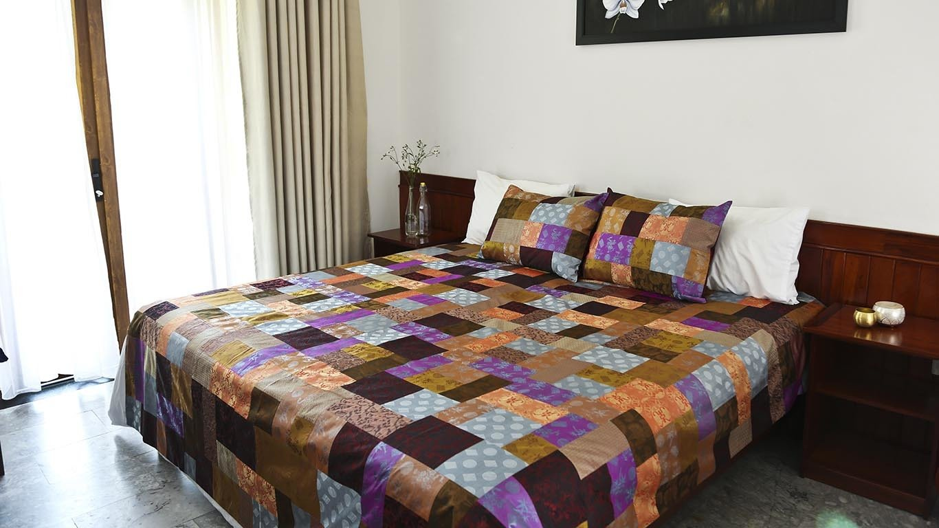 Reaching Out reversible bedspread 1