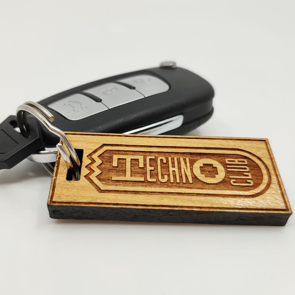 Technoclub Kirschbaumholz-Schlüsselanhänger mit 3D-Lasergravur (Limited Edition) +++ NEU +++
