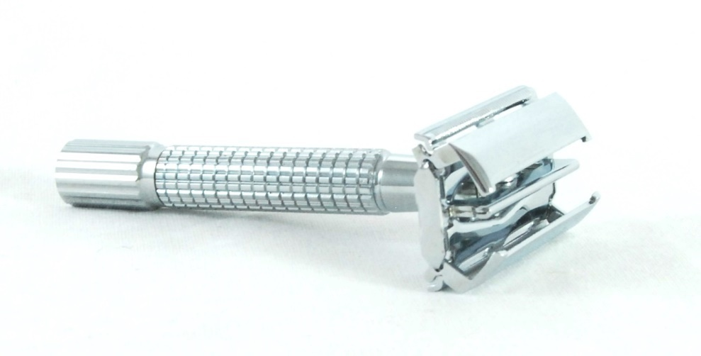 DOUBLE EDGE SAFETY RAZOR-Chrome #929