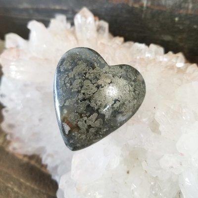 Marcasite Heart Palmstone