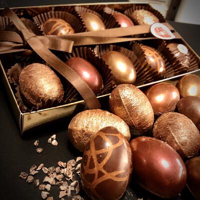 Happy Easter Box 10er - Karamell & Fudges Füllungen -