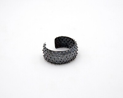 Lisa Colby: Beaded Surface Cuff