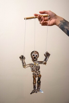 Young Coppersmiths: Skeleton Puppets | OCT. 17