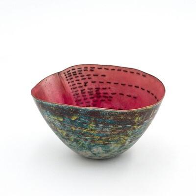 Sarah Perkins: Toroko Stitched Bowl