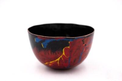 Sarah Perkins: Red Bowl