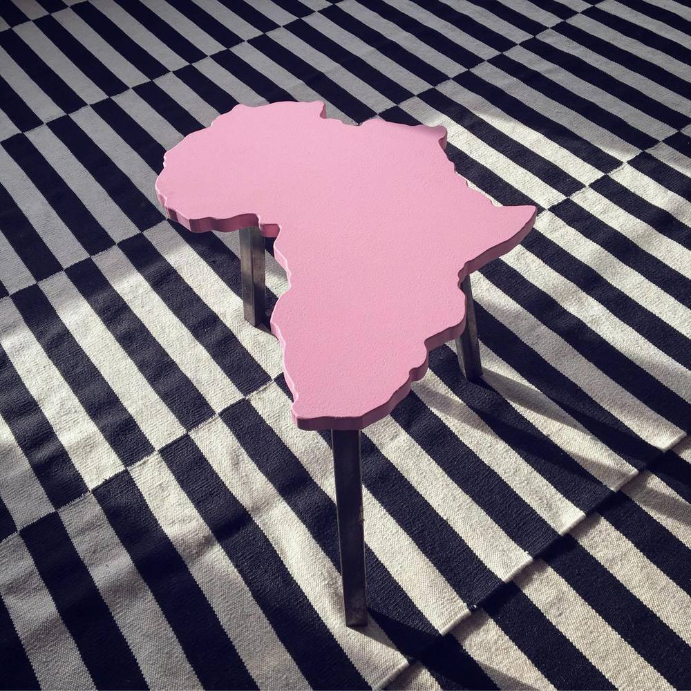Africa Stool - Pink - Limited edition