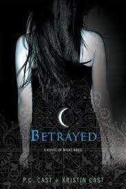 House of Night Book 2: Betrayed
